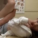 【素人 盗撮】エロマッサージに快感を必死に耐えながらも結局感じちゃう女の子がエロ可愛い