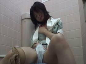 【素人盗撮】OLさんがトイレでマジオナ!オーガズム後のグッタリ感がエロすぎる||オナニー盗撮,オナニー,オーガズム,トイレ,痙攣,盗撮,素人