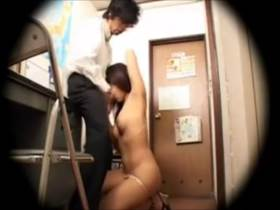 【素人盗撮】万引きした女子大生の体がエロすぎた!店長ラッキー中出し制裁
