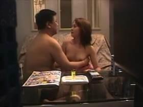 【個人撮影】生々しいカップルだな‥ラブホ従業員が盗撮して流出させた訳アリの匂いプンプンの男女の逢瀬