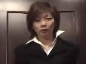 【個人撮影】会社では厳しいドSの女上司が不倫中は部下をご主人様と呼ぶドMっぷりがヤバい素人投稿映像