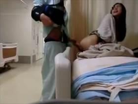 【個人撮影】入院中に撮影!仲良くなった看護師さんの夜勤明けにハメたのをこっそり撮影して流出させる男