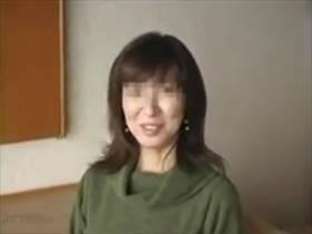 【個人撮影】この清楚な雰囲気の人妻が不倫相手との情事で乱れる姿がこちら!普通の主婦がこんなにエロいとは‥